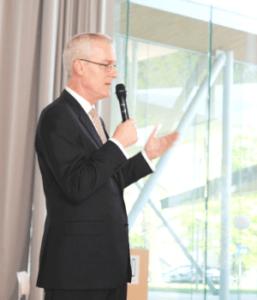 オーストラリア大使講演会開催